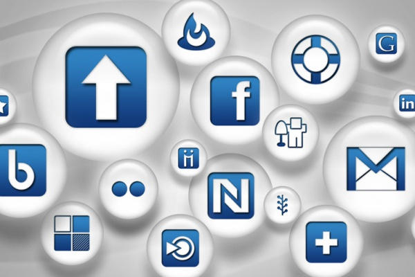 social-media-icons-slider